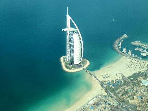 Seaplane above the Burj al Arab